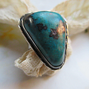 Native American Vintage Sterling Silver Unique Turquoise Ring