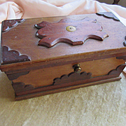 Primitive Carved Wood Folk Art Box Gingerbread Trim