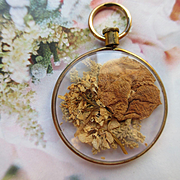 Older Vintage Dried Flower Locket Pendant