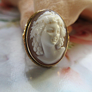 Vintage 10K Cameo Ring in Relief