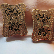 Victorian Aesthetic Period Buttons in Gold Fill