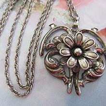 Vintage Beau Sterling Floral Necklace