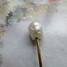 Antique 14K Pearl Stick Pin Lapel Pin