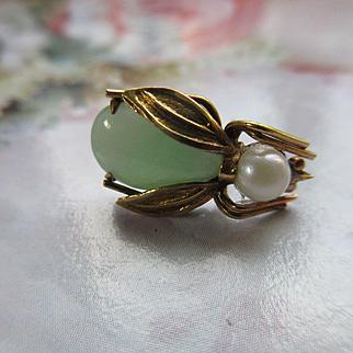 Vintage 14K Jade Cultured Pearl Bug Tie Tac Lapel Pin