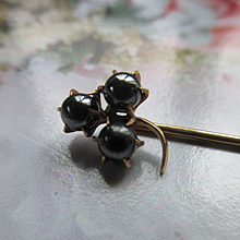 Antique Hematite 10K Spade Stick Pin Lapel Pin