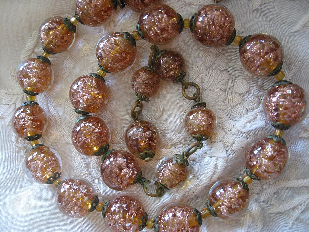 1930's Adventurine Art Glass Beaded Necklace