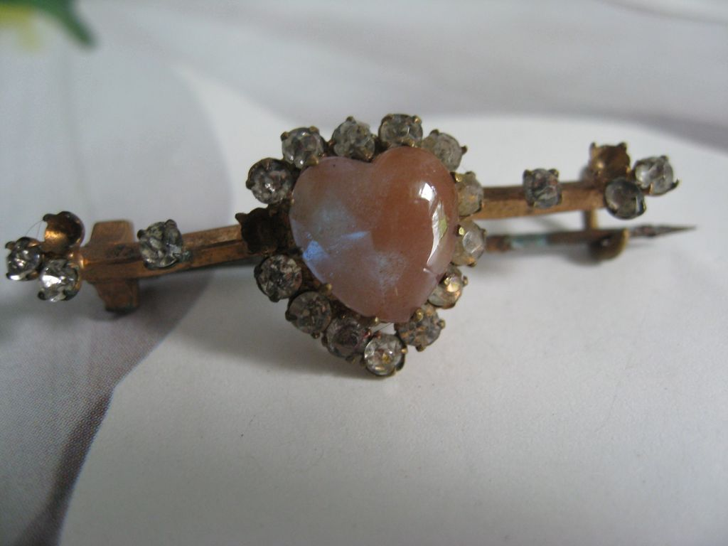 Victorian Heart Shaped Saphiret Pin