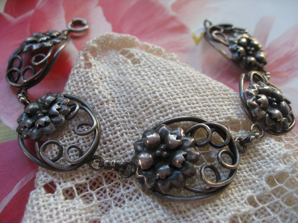 Older Vintage Sterling Bracelet