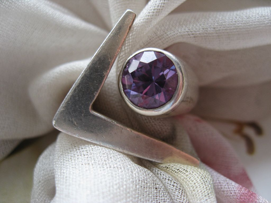 Sigi Sterling Faux Alexandrite Ring     Sterling Mexican