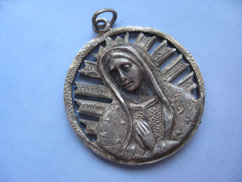 Blessed Mother Medal  1943 Coin