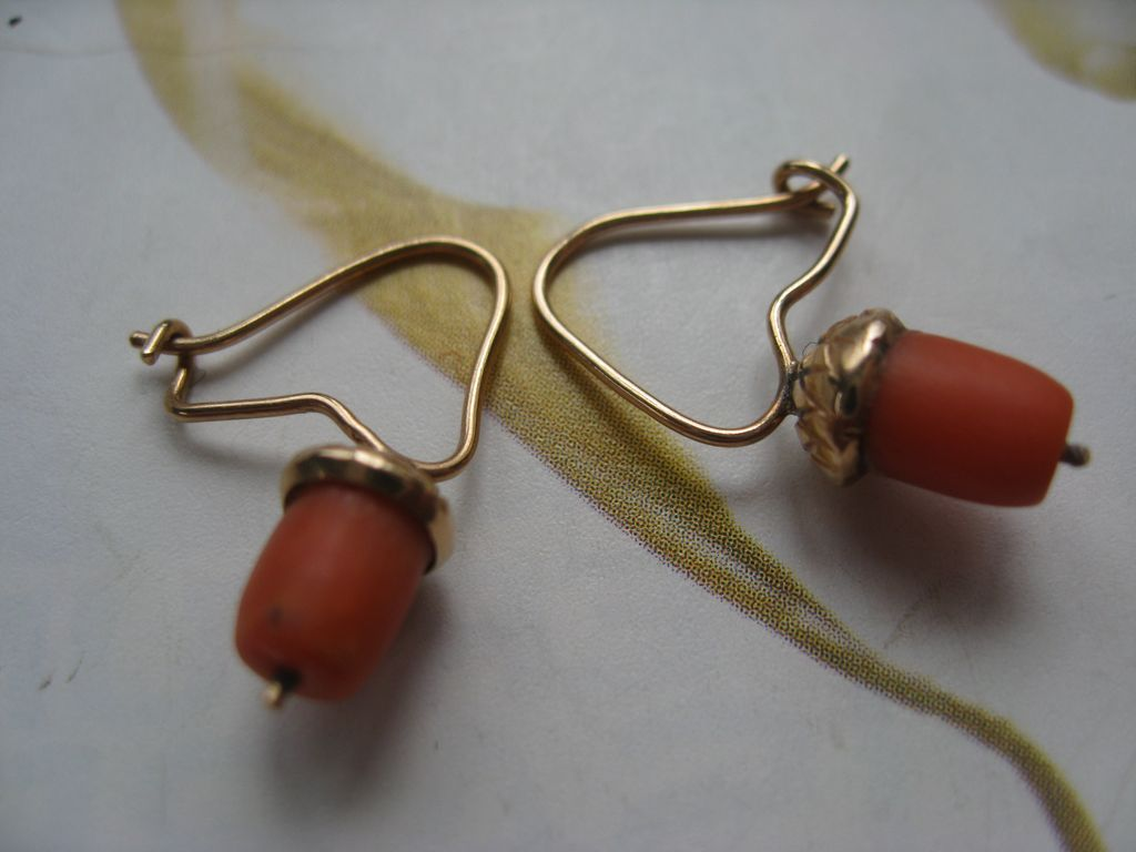 Victorian 10K Coral Acorn Earrings