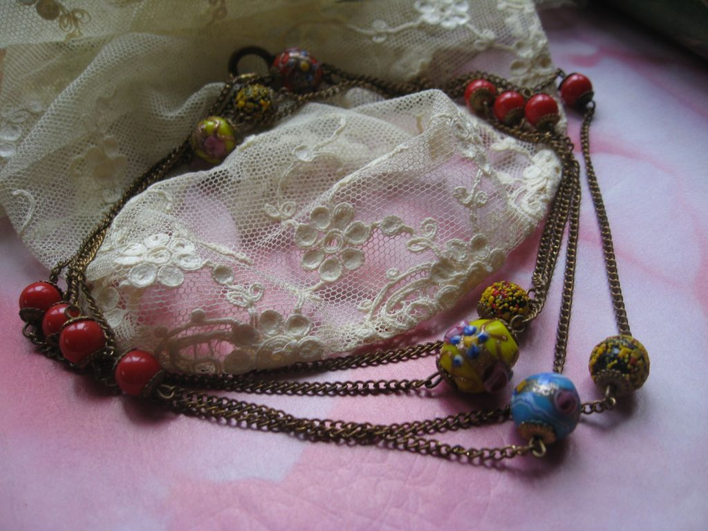 Circa 1930 Wedding Cake Muff Chain Necklace