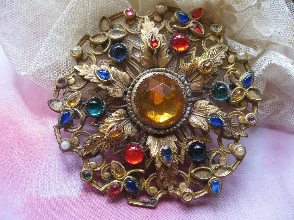 Circa 1930 jeweled Gilt Brooch
