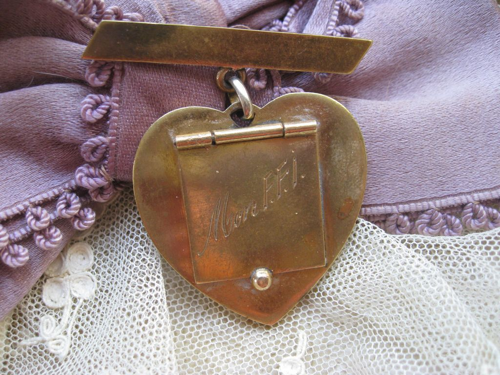 French World War Two Sweet Heart Locket