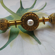 Victorian Etruscan Revival Pin in Gold Fill