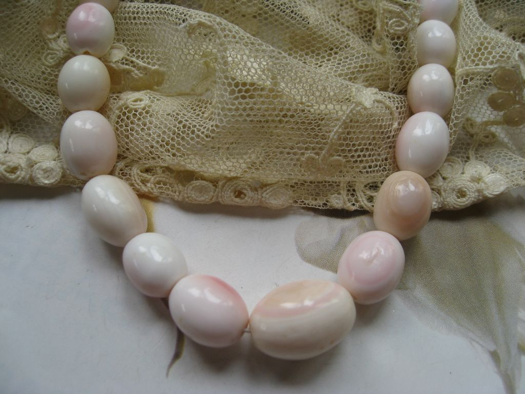 Natural Pink Shell Beaded Necklace