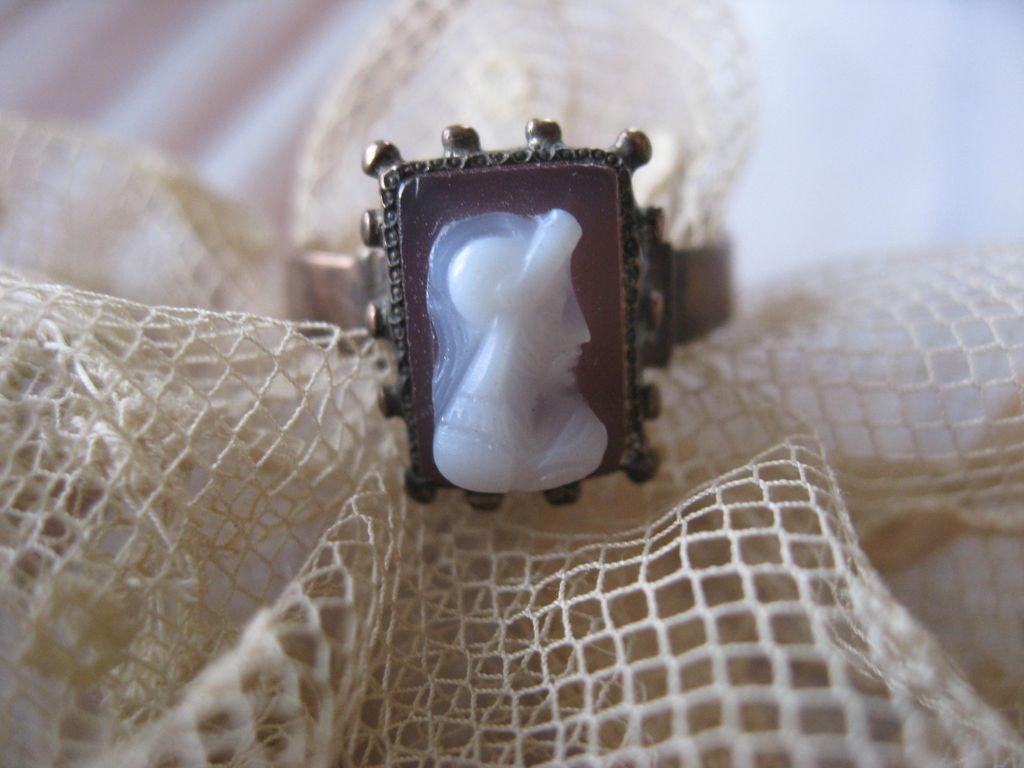 Victorian 9K Hard Stone Cameo Ring