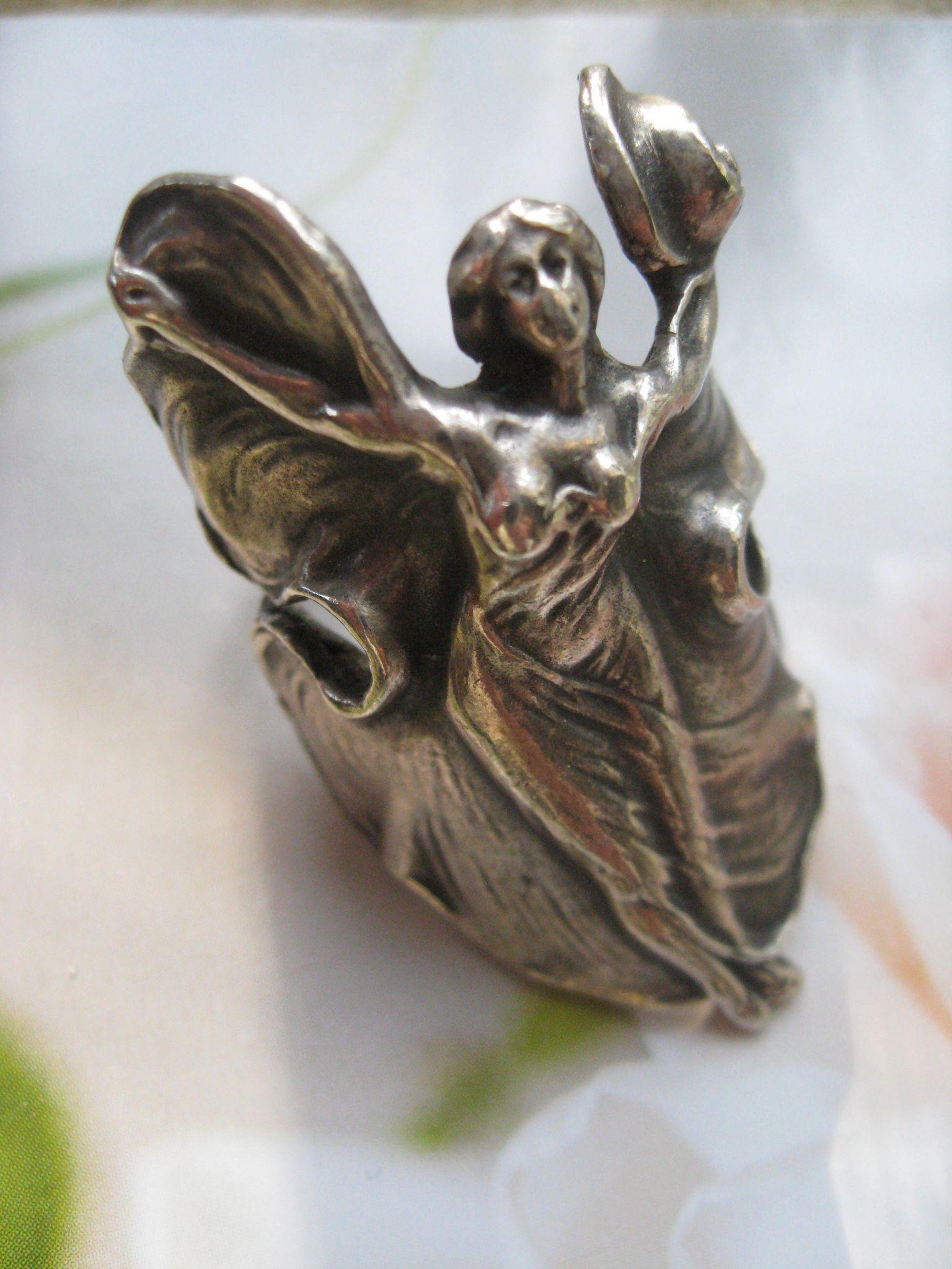 Vintage Sterling Art Nouveau Angel Ring
