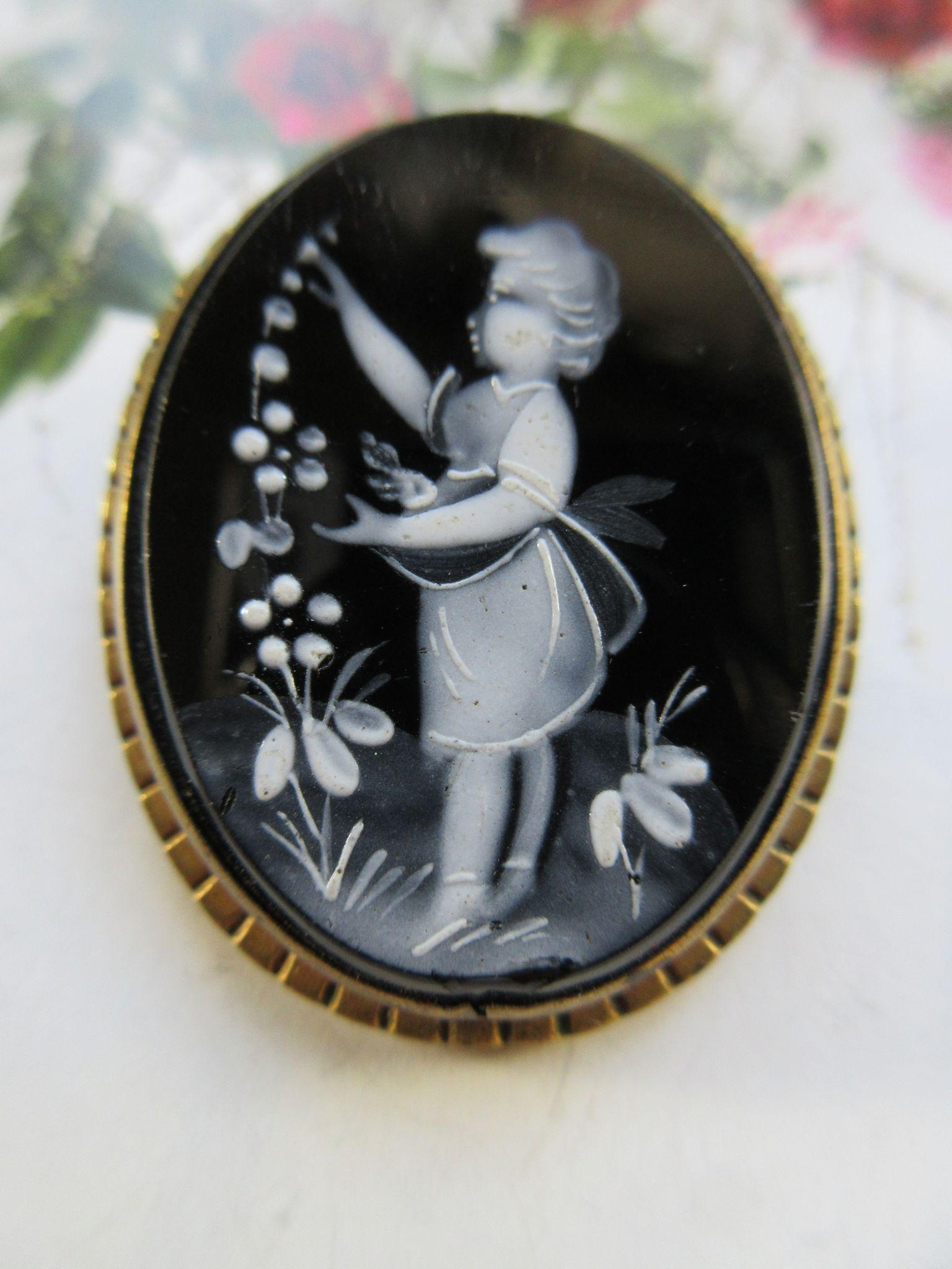 Older Vintage Mary Gregory Hand Painted Cameo Pin, Circa 1930 Painting
