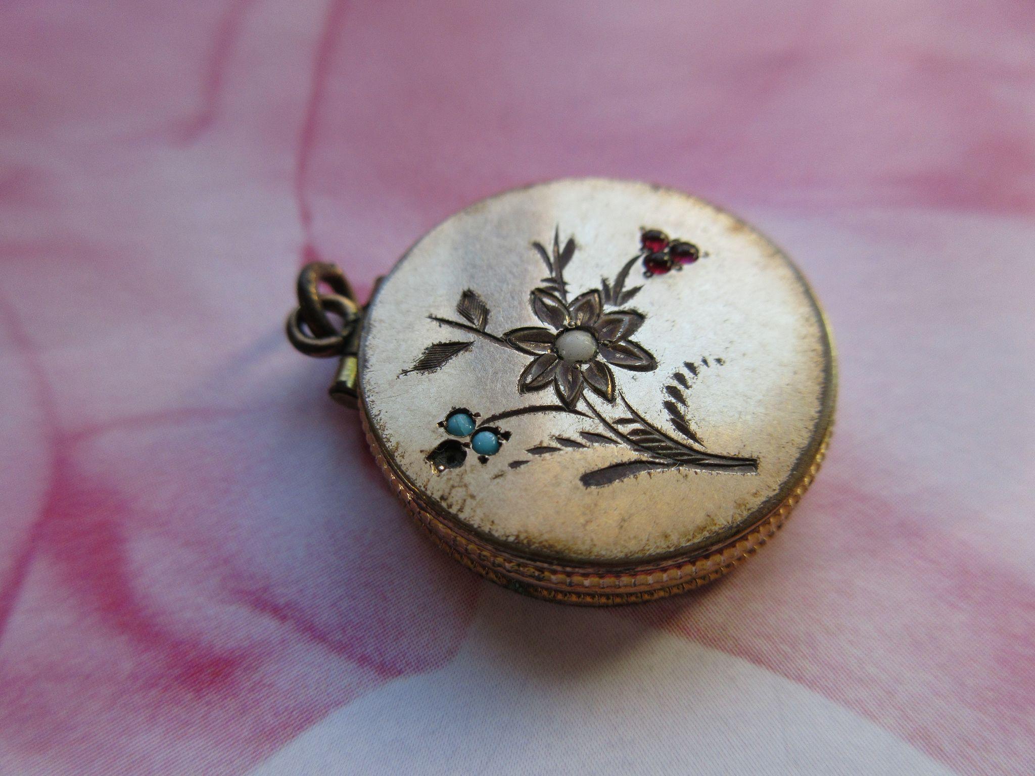 Victorian Floral Fob Locket, Locket - Charm
