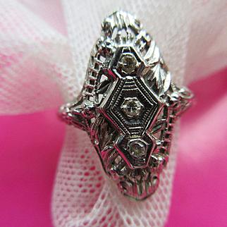 Deco 18K White Gold Filigree Diamond Ring