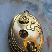 Antique Art Nouveau Poppies Locket