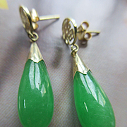 Vintage 14K Yellow Gold Jade Pierced Earrings