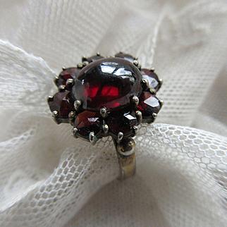 Vintage Circa 1930 Bohemian Garnet Ring 800 Silver
