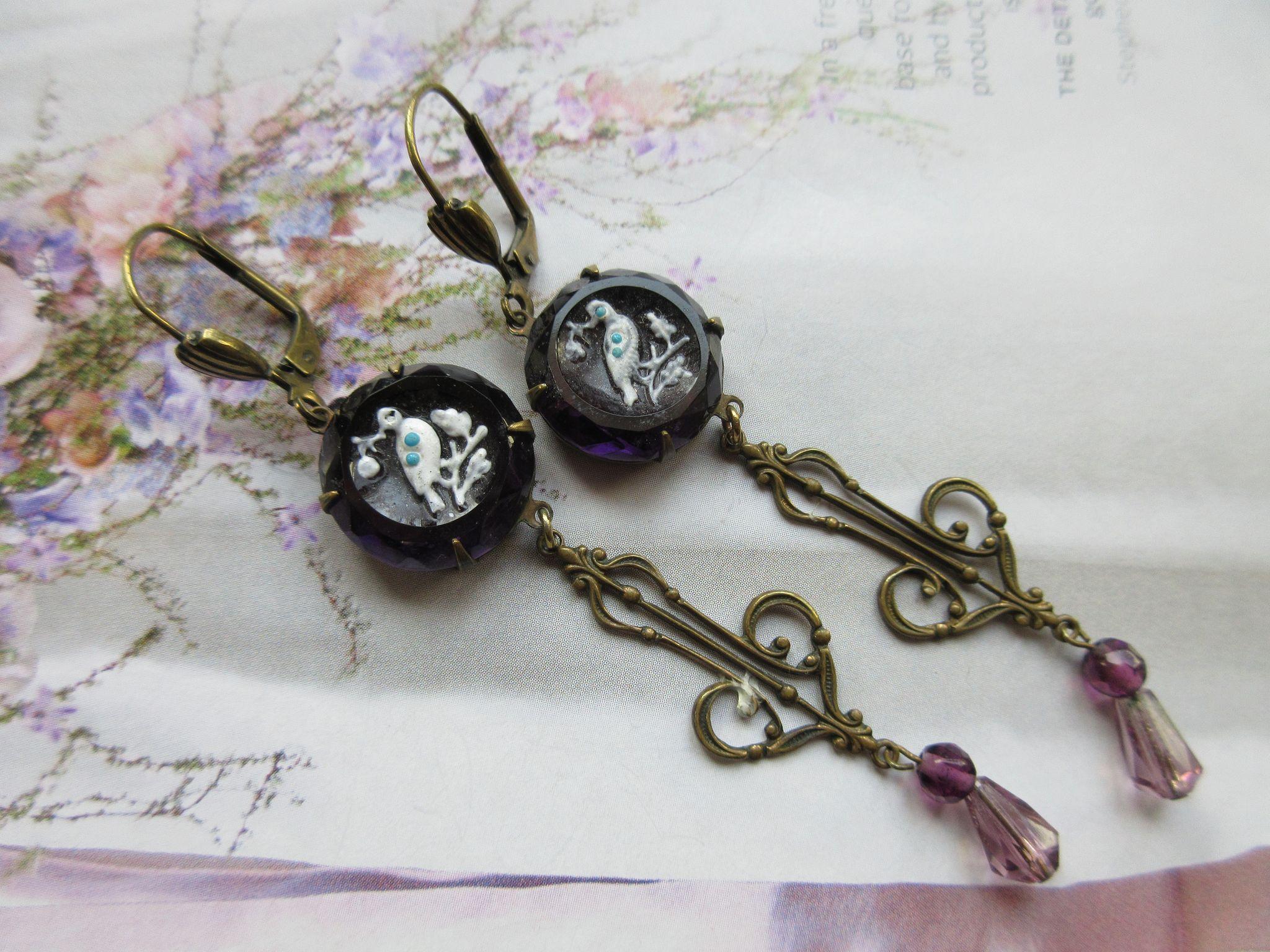 Vintage Pierced Amethyst Glass Drop Earrings