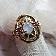 Vintage 1940's Retro Moonstone Ruby Ring 10K