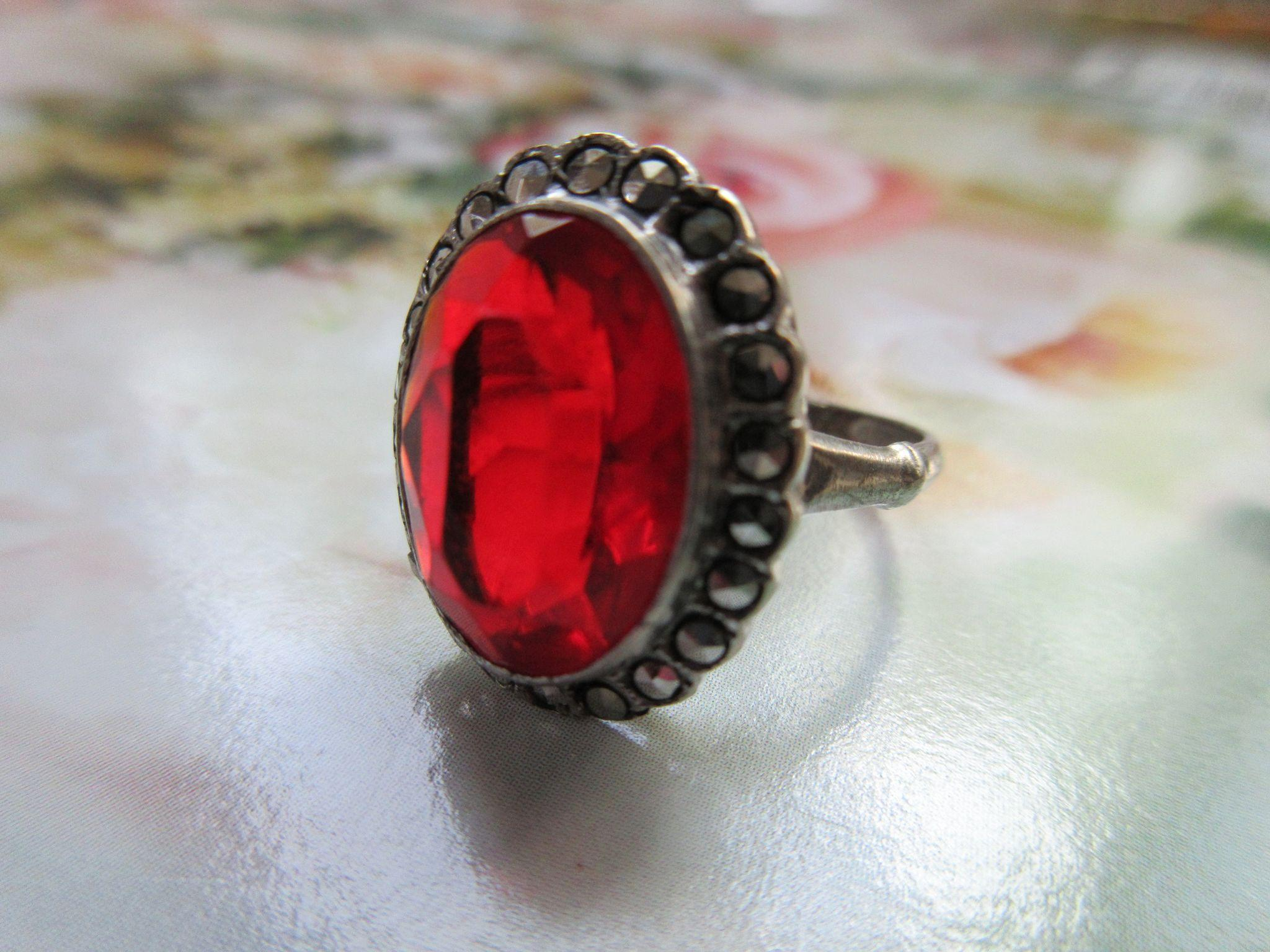 Vintage Deco Sterling Crystal Marcasite Ring