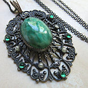 Deco 1930s Filigree Art Glass Vintage Necklace