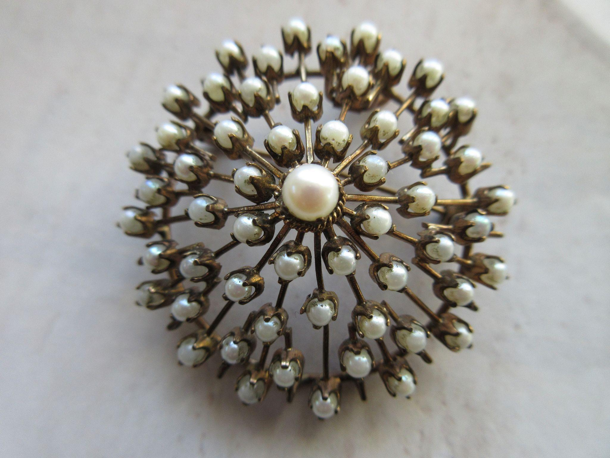 Older Vintage 10K Cultured Pearl Pin Pendant Star Burst