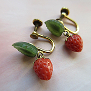 Older Vintage Coral Strawberries Nephrite Jade Screw Back Earrings in Gold Fill