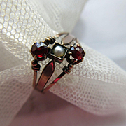 Victorian 10K Garnet Seed Pearl Ring circa 1880