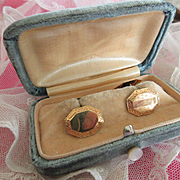 Victorian Double Button Cufflinks in Original Velvet Box  FMCO Cuff Links