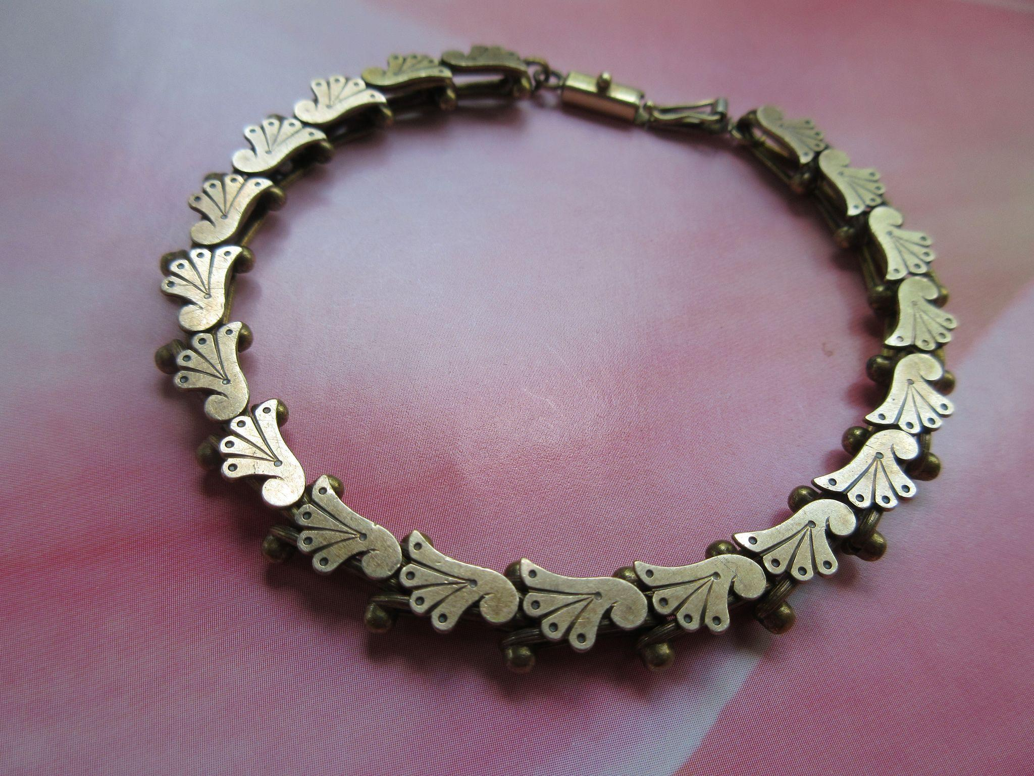 Victorian Book Chain bracelet in Gold Fill