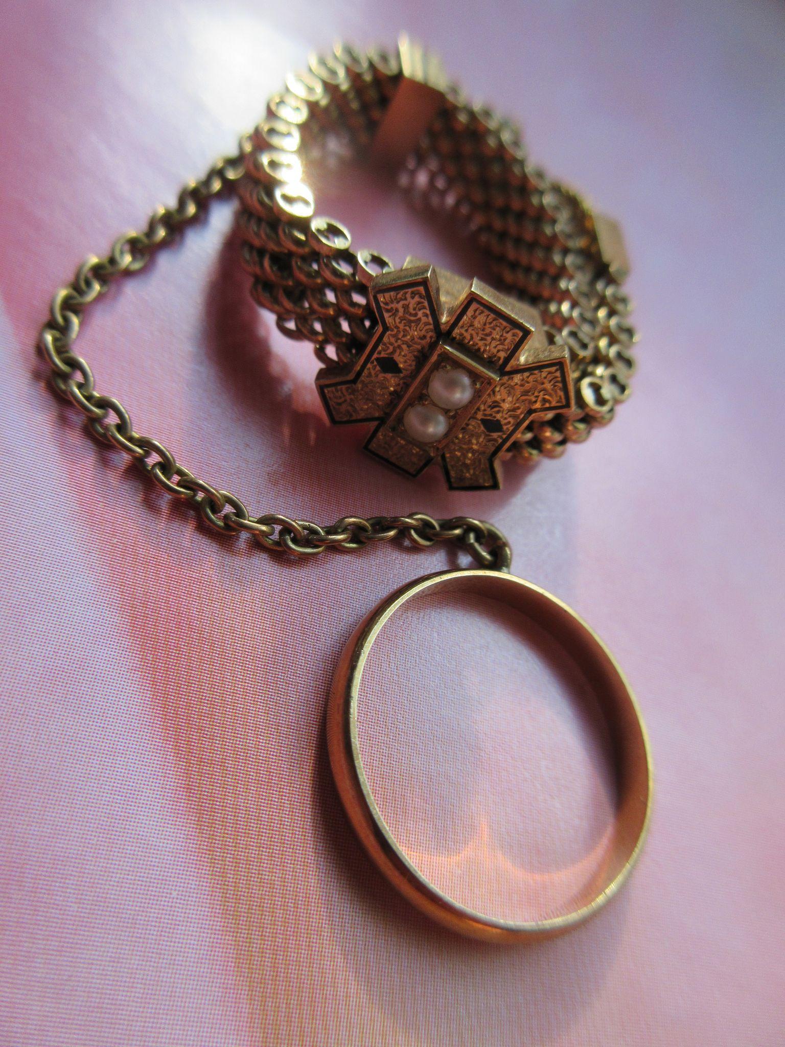 Victorian 14K Hankie Holder Brides Accessory Antique Buckle Jewelry