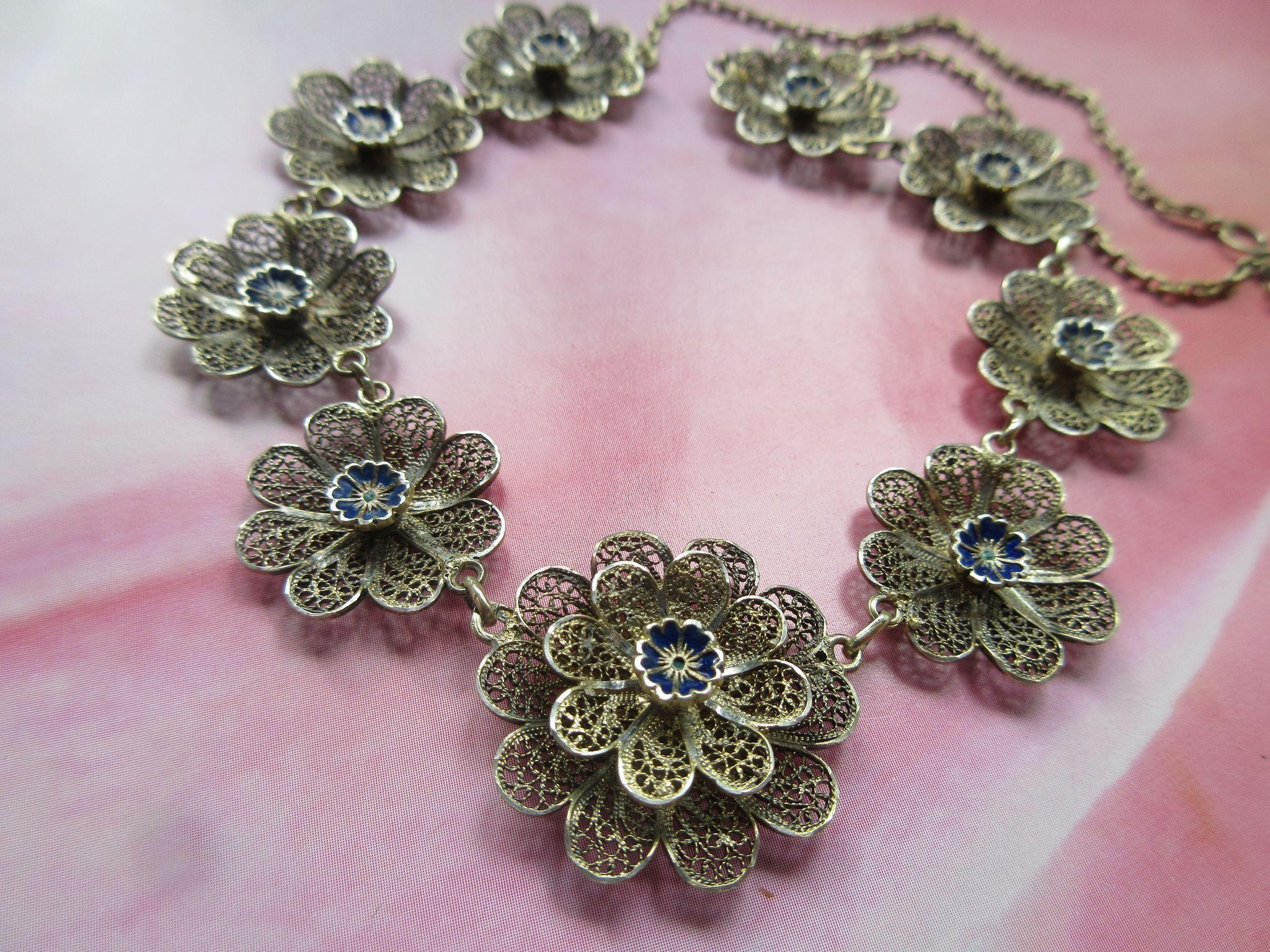 Vintage Enameled 800 Spun Silver Filigree Necklace