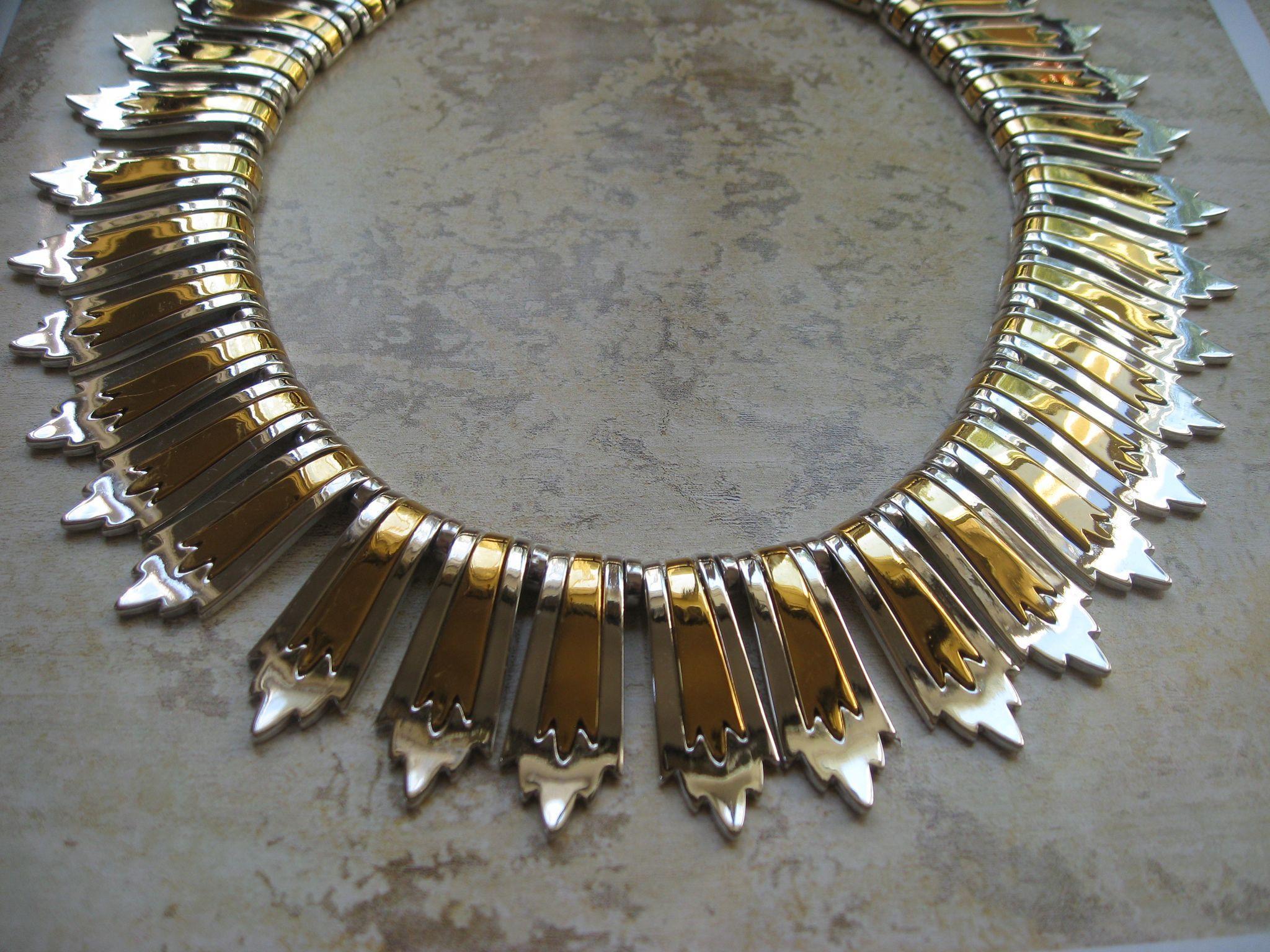 Monet Colleta Collar Necklace Gold-Tone Silver-Tone 1976