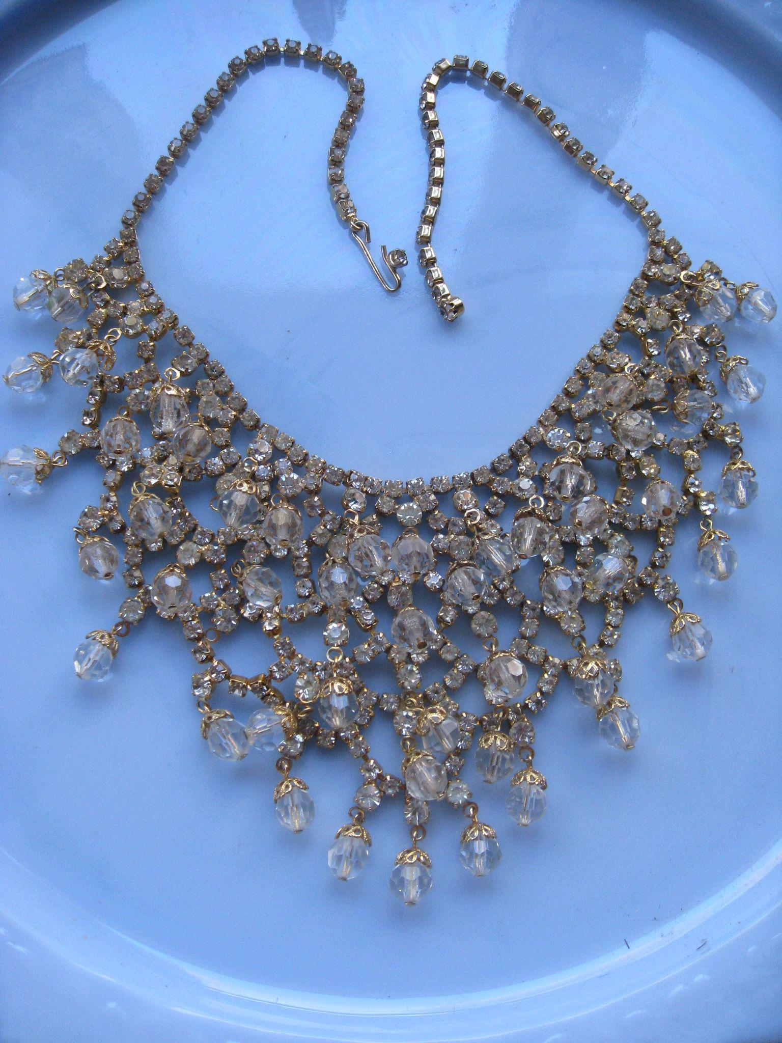 Vintage Unsigned Costume Crystal Bib Necklace Bridal Jewelry