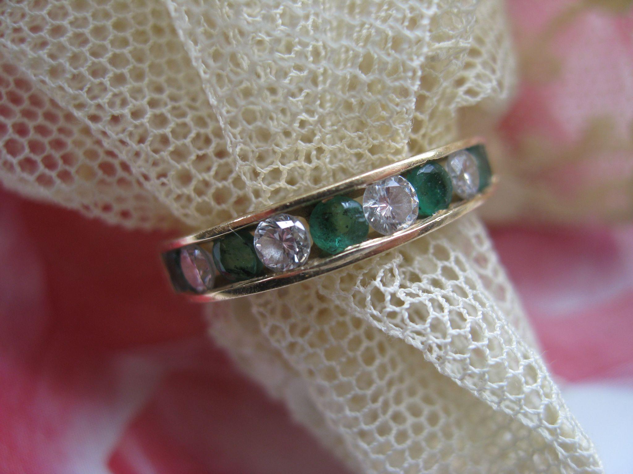 Vintage 14K Emerald Diamond Wedding Band Anniversary Band