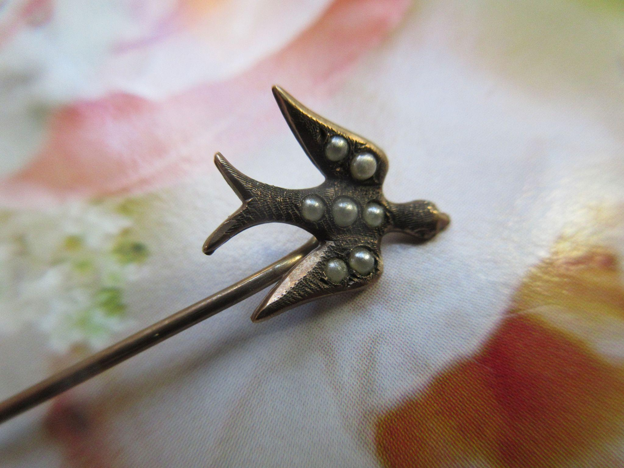Antique 10K Bird Stick Pin Seed Pearl Accents