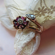 Vintage 30s 40s Retro 14K Ruby and Diamond Floral Ring