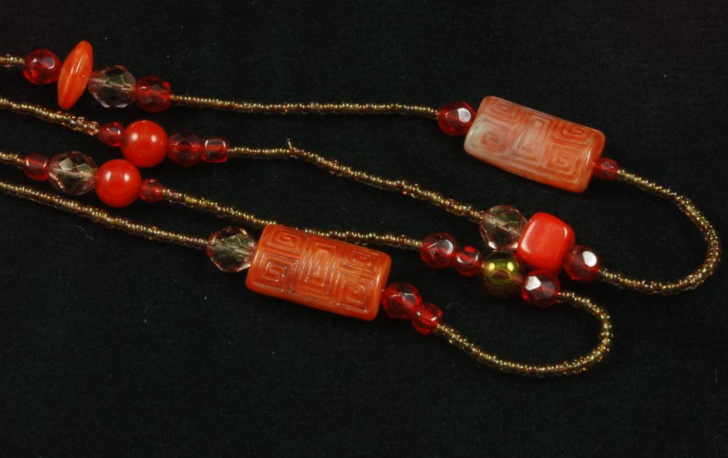 Fantastic Vintage Orange Red Art Glass Crystal Bead Necklace