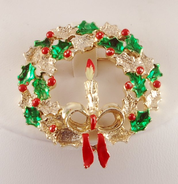 Vintage Gerrys Christmas Wreath Candle Pin Brooch