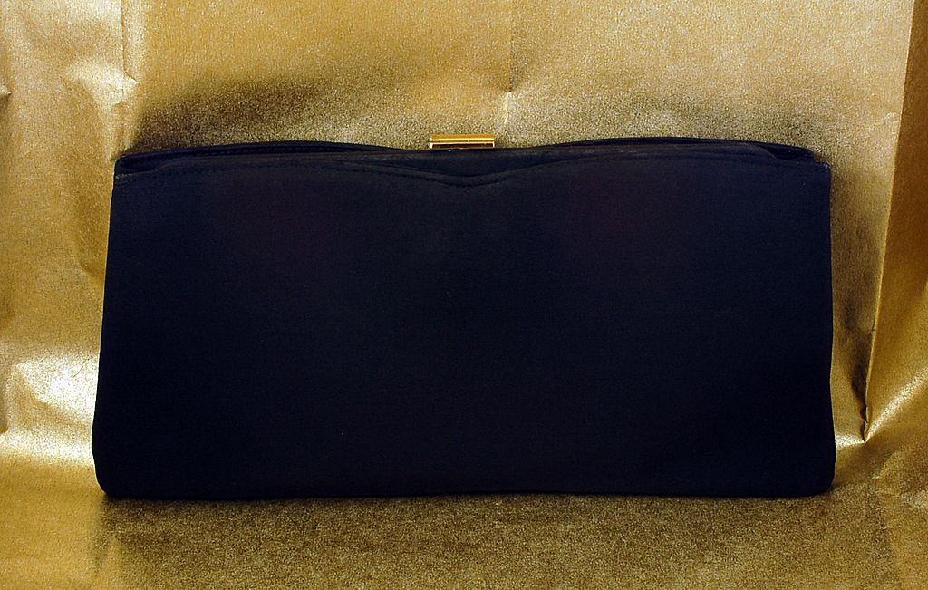 Elegant Vintage Black Clutch Purse