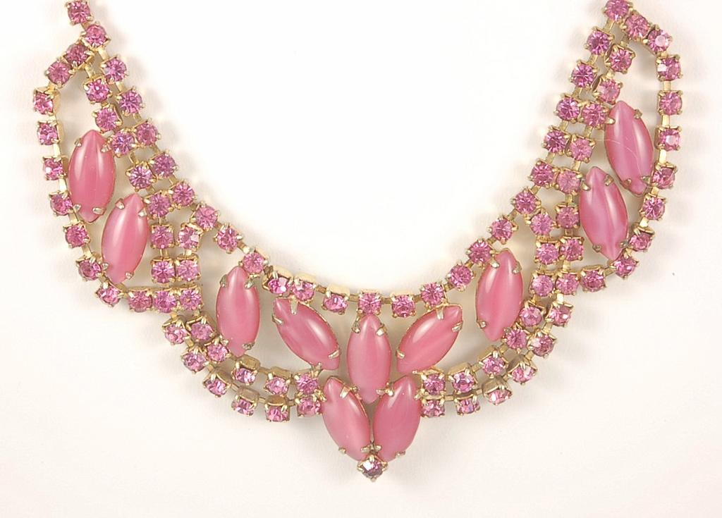 Fantastic Vintage Pink Rhinestone Satin Cabochon Necklace Bracelet Earrings Parure Set
