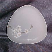 Bing and Grondahl Triangular DIsh Floral  92