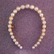 14 Karat Gold Cultured Pearl Horseshoe Brooch Early 20th Century